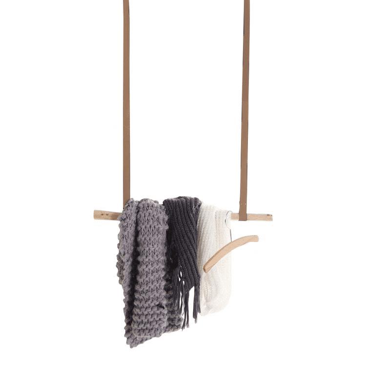 Hanger met Leder bandjes Bruin  1 m